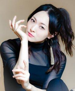 Kaori Kawabuchi - voice of the japanese language